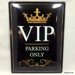 VIP Parkering only