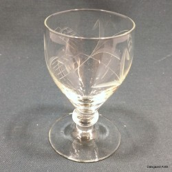 Hvidvinsglas klar