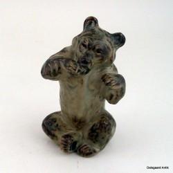 Siddende bjørn 21675