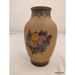 Vase med frugter