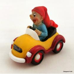 Nisse i bil
