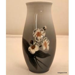 Vase med landskab