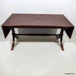 Sofabord med klapper